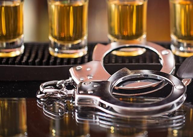 Whiskyt és sört lopott a betörő