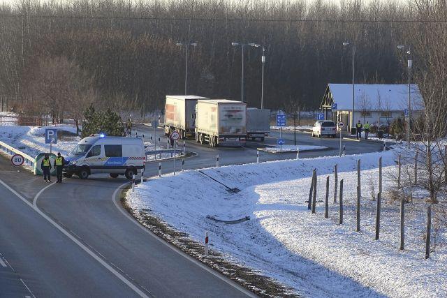 Lövöldözés – gyilkosság történt az autópálya pihenőjében