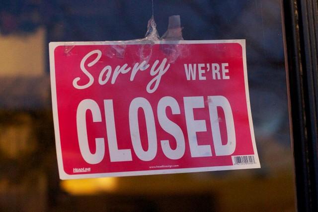 Részletek – ezek az éttermi szolgáltatások, boltok és szolgáltatások maradhatnak