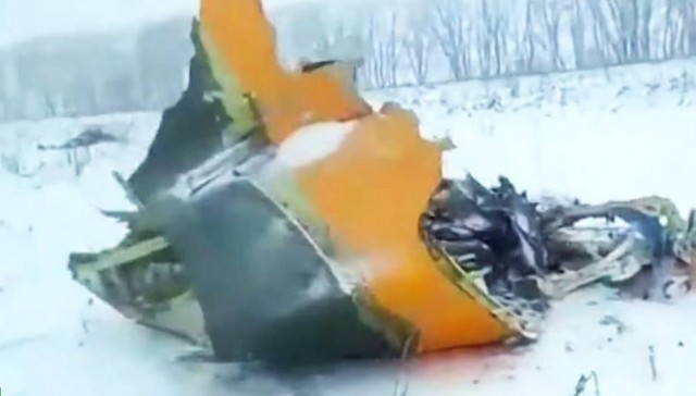 Egy hétig is tarthat, mire összeszedik a lezuhant orosz gép maradványait