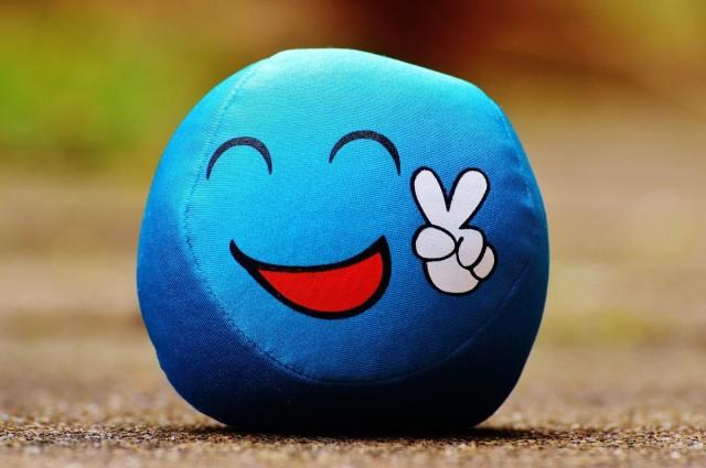 Tudja mit jelent a kék smiley? Na és viseli?