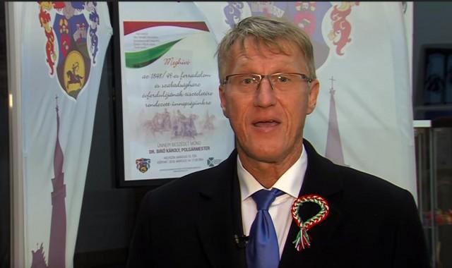 Visszalépett dr. Bíró Károly, inkább polgármester marad