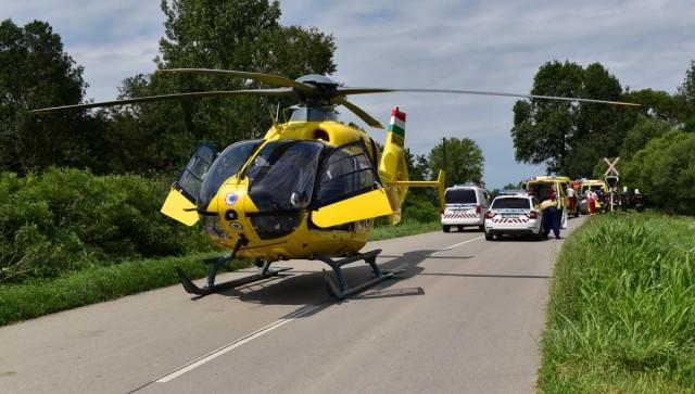 Mentőhelikopter szállt le Drávaszabolcson