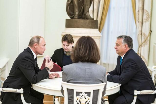 Szorosabb moszkvai viszonyra van szükség Orbán szerint
