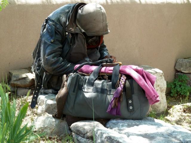 Tilos mától hajléktalannak lenni
