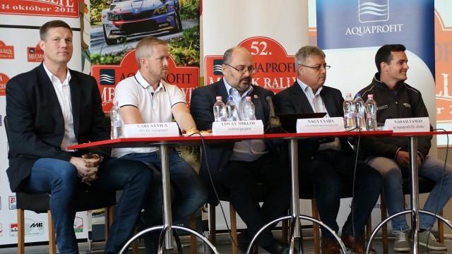 Vári Attila, Lovay Miklós, Nagy Csaba, Nádasdy Tamás és Ranga Péter az 52. Mecsek Rallye sajtótájékoztatóján.