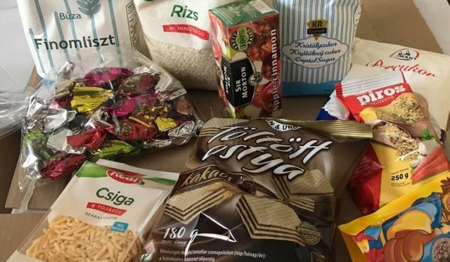 A napokban érkezik a szociális élelmiszercsomag