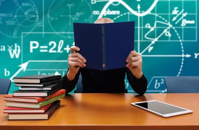 Harminc százalékkal emelkedhet jövőre a pedagógusok bére