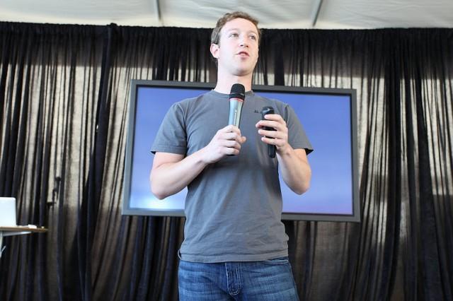 Zuckerberg az internet törvényi szabályozására kéri a világ kormányait