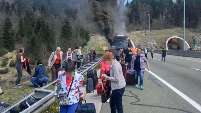 Kigyulladt egy magyarokat szállító busz Horvátországban