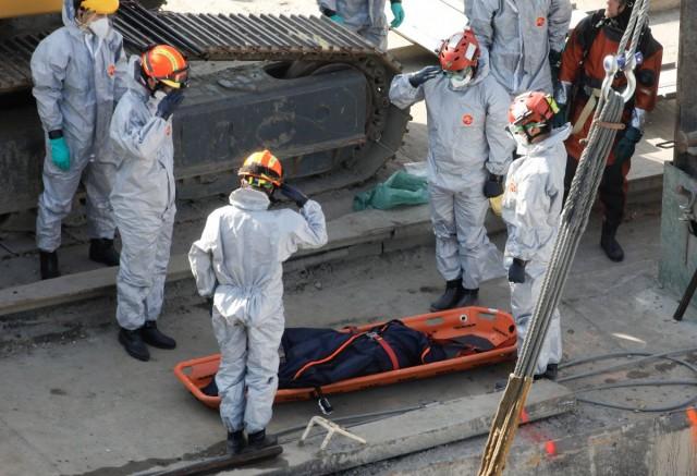 Kiemelték a Hableányt, négy holttestet keresnek