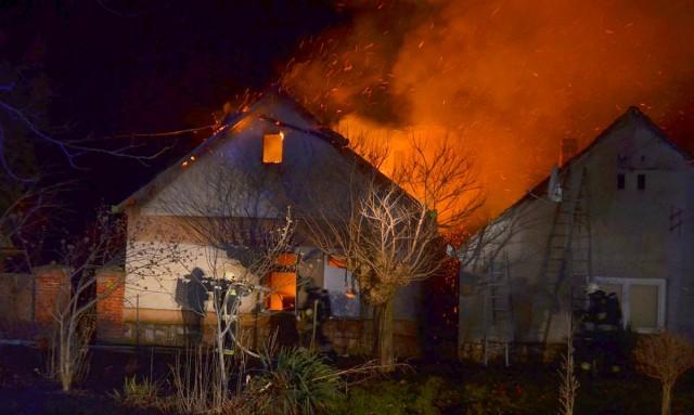 Újabb túronyi gyilkosság – megszúrta, majd rágyújtotta a házat egy kupakért