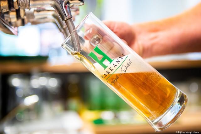 Prémium sör mutatkozott be a harkányi főzdéből