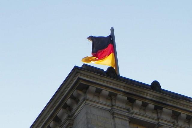 Németország is szigorít a fertőzési hullám miatt