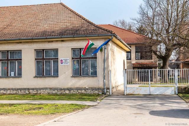 Felújítják a drávaszabolcsi iskola első épületét
