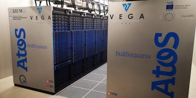 Megérkezett az EU első szuperszámítógépe